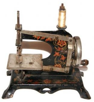 #73 Casige 5 Toy Sewing Machine